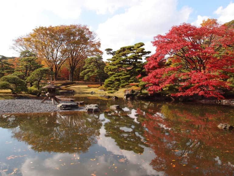 Imperial-Palace-East-Gardens-770x578